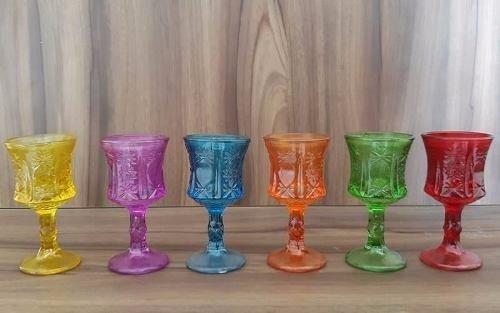 Cj de 6 Mini Taças em Vidro Esculpidas Coloridas