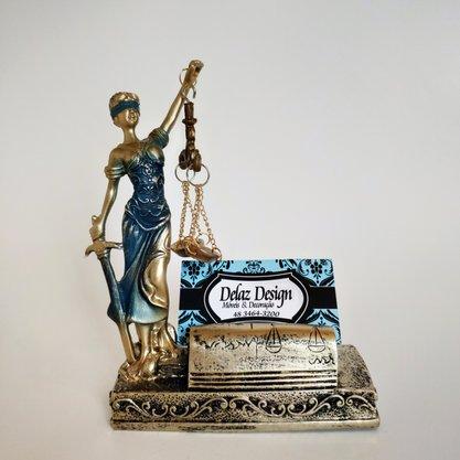 Estatueta Deusa da Justiça com Porta Cartoes